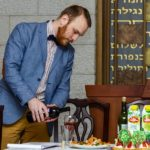 Pavel Kachkin leads Tu BShvat seder at Shaarei Shalom in St Petersburg, Russia