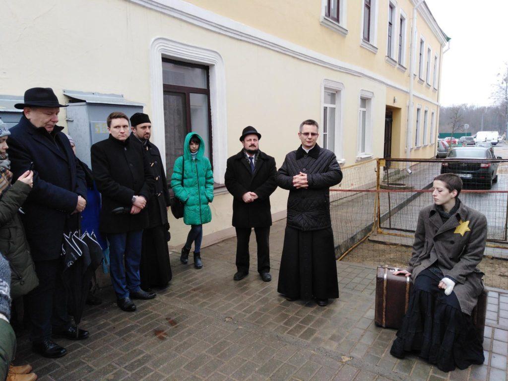 Rabbi Grisha Abramovich and Fr Antony Gremza at Grodno Ghetto
