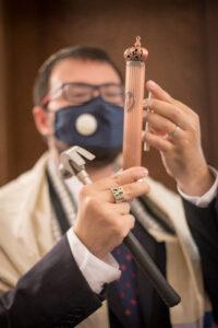 Ec Chajim Rabbi Dvaid Maxa leads Services